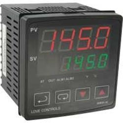 Series 8B 1/8 DIN Temperature/Process Controller