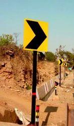 Retro Reflective Road Unipole Sign Board
