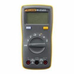 Fluke 106 Digital Multimeter