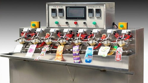 Ice Lolly Filling Machine Manufacturer From Ambala