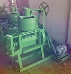Super 5 H.P. Single Chamber 4 Bolt Oil Expeller