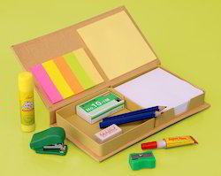 Stationery Set With Memo Pads