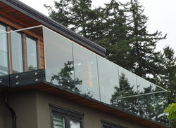 Frameless Balcony Railing