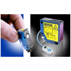 Distance Measuring Photoelectric Sensors