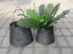 Garden Planter Set.