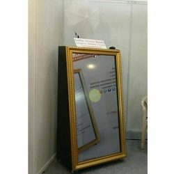 42 LCD Digital Signage Selfie Photo Booth