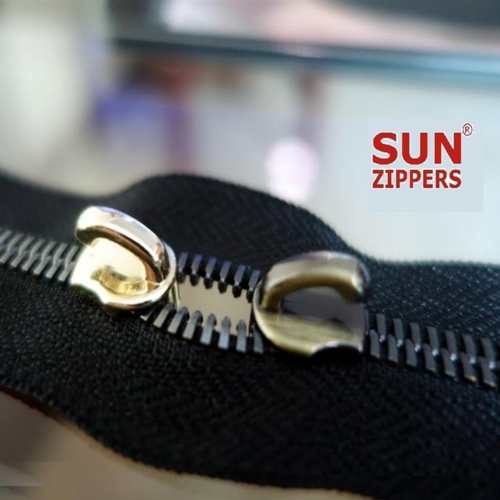 Euro Teeth Metal Zippers for Leather Bags