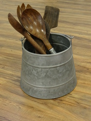 Galvanised Caddy With Handle