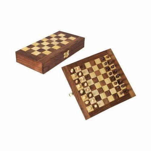 Handicrafts Wooden Games Wooden Handicraft Chess Manufacturer From