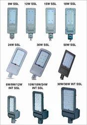 18 w (A) Solar LED Street Light