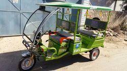 Classic Battery Operated Rickshaw
