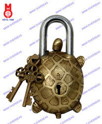 Lock W/Designer Key Turtle Shape
