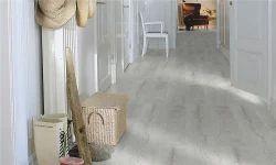 Pergo Silver Oak Laminate Flooring