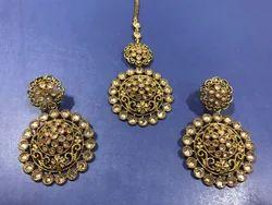 Mehandi Polish Gold Earring Tikka Set