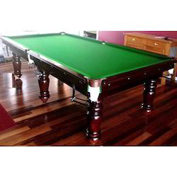Mahagani Polish Pool Table with Aramith Ball Set