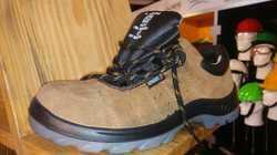 Udyogi Sporty DD Camel Safety Shoes.