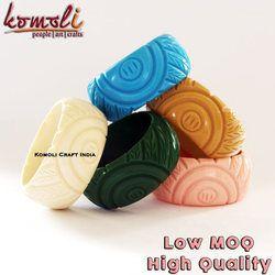 Vintage Design Carved Resin Acrylic Bangle Bracelet Handmade Jewelry