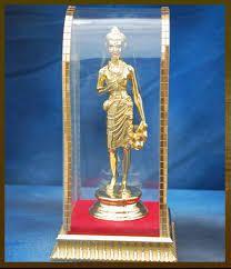 Nilkanthvarni Statues