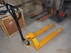 Hydraulic Hand Pellet Truck 2 to 5 Ton
