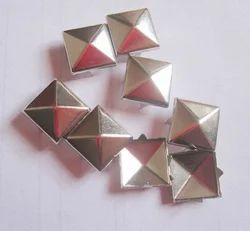 Metal Designer Stud