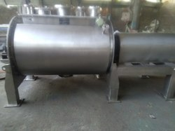 Cylindrical Ribbon Blender