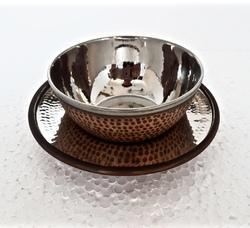 Smokey Copper SS Hammered Bowl With Underliner