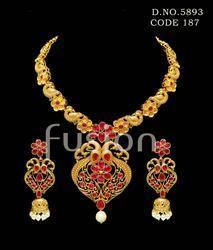 Ruby Matt Polki Fashion Necklace Set