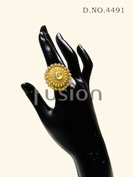 Antique Kundan Finger Ring