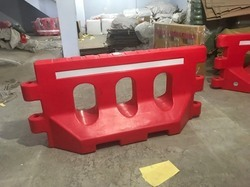 Road Barricade Water Fillable 2 MTR