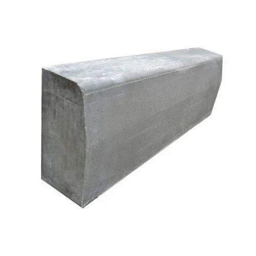 Cement Concrete Kerb Stones Cement Concrete Kerb Stones
