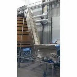 Fruits Transfer Conveyor