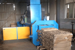 Fully Automatic Horizontal Continuous Baling Press