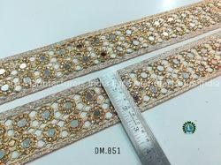 DM851 Fancy Laces