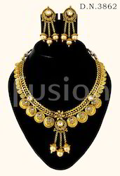 Traditional Wedding Necklace Set
