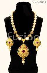 Pearl Beaded Polki Designer Traditional Antique Pendant Set