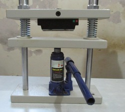 Rubber and Plastic Cutting Press