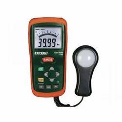 Light Measuring Instrument