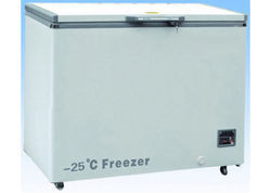 Low Temperature Freezer (25C)