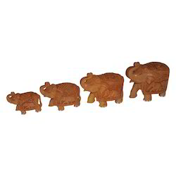 Wooden Elephant Set With Elephant Designs