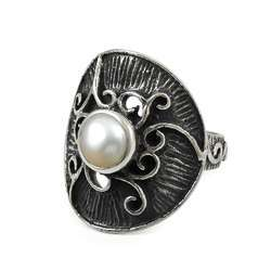 Big Design Pearl Gemstone Silver Ring