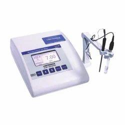 Digital pH Meter for Science Labs