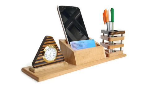 Wooden Card And Pen Holder Stand