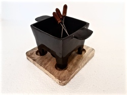 Square Teflon Coated Dish & Warmer With Wooden Base
