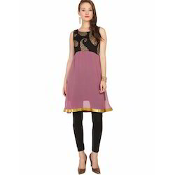 Ira-Soleil-Pink-And-Black-Viscose-Knitted-Strechable-Kurti