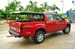 Isuzu V Cross D Box