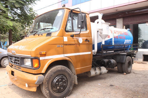 Sewer Suction Machine Chasis Mounted Sewer Suction