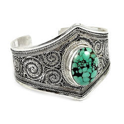 925 Sterling Silver Turquoise Bangle