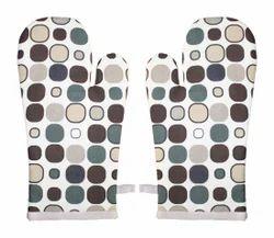 Button Print Kitchen Glove