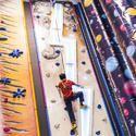 Climbing Wall Set Up For Adventure Park