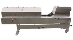 Semi Automatic Chapati (Roti-Phulka) Making Machine - Capacity 800/Hr.
